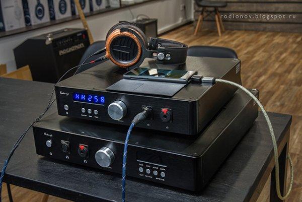 Audio GD R 28 Vs Audio GD D27 38